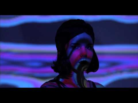Gaye Su Akyol - Ölü Bir Adama (official video)