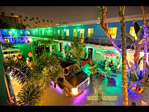 Tour the Banana Bungalow Hollywood Hostel in Los Angeles !<a href='/yt-w/x0PdksPawhU/tour-the-banana-bungalow-hollywood-hostel-in-los-angeles.html' target='_blank' title='Play' onclick='reloadPage();'>   <span class='button' style='color: #fff'> Watch Video</a></span>