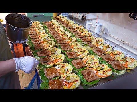 Chlorella Hamburger, Handcrafted Burger – Korean Street Food / 광명시장 클로렐라 햄버거