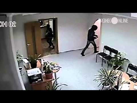 В Набережных Челнах задержан мужчина, пытавшийся ограбить банка