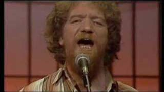 Luke Kelly Wild Rover
