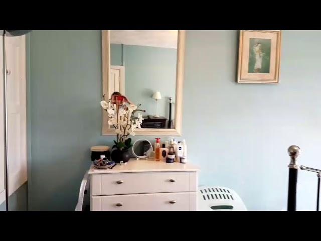 Large Double Sunny Room near Horsham Station. Main Photo