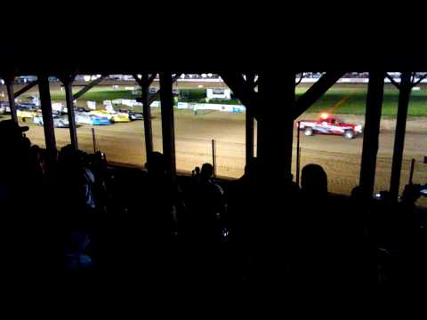 4 by 4 salute at Brownstown Speedway