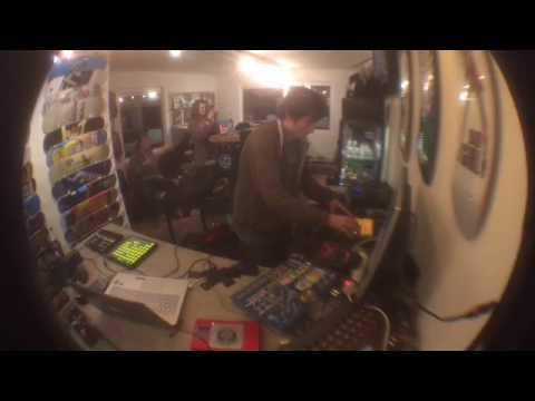 Unit Radio n° 16 - Wanorde vs Eddy Geheim - live set du 10/03/2017