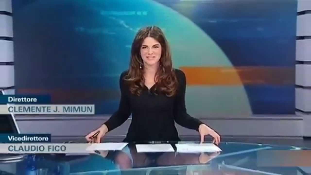 скачать видны трусики у телеведущих вести