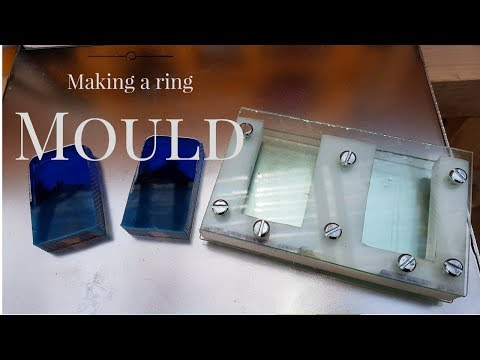 Making a wood and resin ring mould