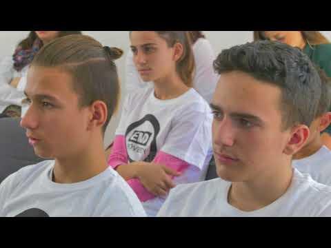 Veliaj: Investimi tek arsimi - Top Channel Albania - News - Lajme