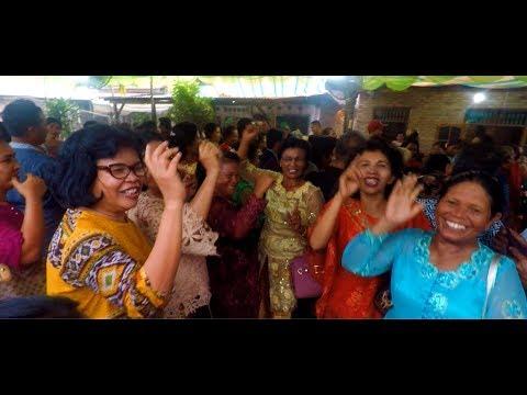 Tangan Diatas! 😁 - Asiknya Musik Pesta Pernikahan Batak (Wedding Music)