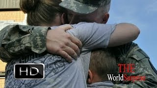 Soldier Returns to U.S., Stuns his Two Children