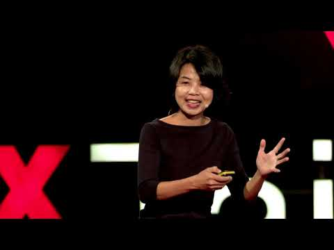 打破社會的框架與標籤 Don't let labels or molds define who you are   陳慧翎 Weiling Chen   TEDxTaipei thumbnail