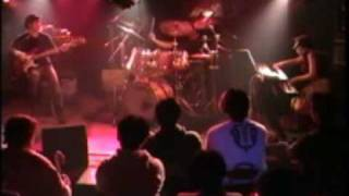 東京 小岩 M7にてナイアツンライブ。 Dai(Bass),furani(Organ),yosshi(D...
