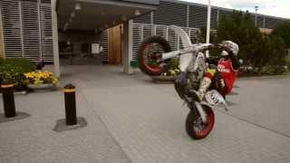 Supermoto Stunt Session! [Superretards 2013]