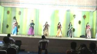 Madhura Madhura Meenakshi ..1 Gruop Dance by Clarions [Rangaraya Medical College - XTASY