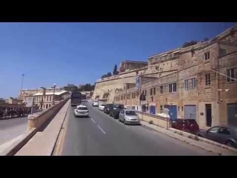 Calatorind prin Malta