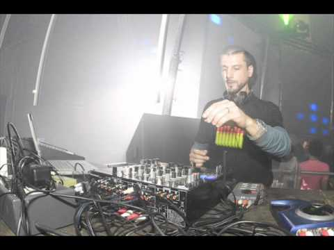 The Advent (Cisco Ferreira) Live @ Apokalypsa #29 Techno Congress Brno Czech (20.06.2008)