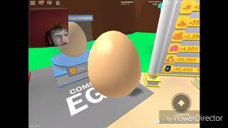 playing Roblox with my brother (Roblox bubble gum simulator)