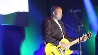 Junior Neguebe - Glorioso - To Our God (Bethel Music) Comunidade das Nações