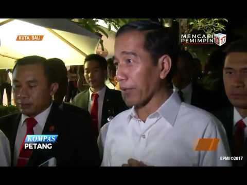 Jokowi dan Putranya Berbelanja Santai di Bali