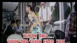 Sandy Canester Telphone Aku Karaoke