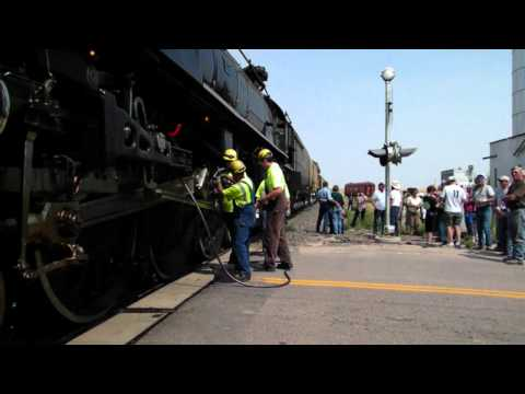 Vintage train to stop at 'Strasburg Video #2