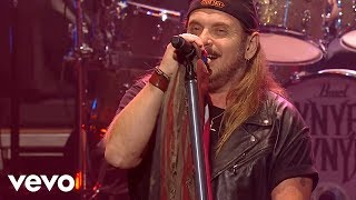 Lynyrd Skynyrd - Sweet Home Alabama - Live At The Florida Theatre / 2015