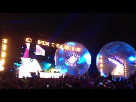 EDC Orlando 2012 - Tritonal playing 'Dash Berlin - Waiting (W&W Remix)'