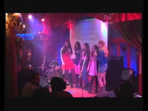 θα μας κλεισετε το σπιτι... Ghost karaoke 6-2-15