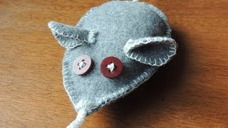 Sew A Fun Fabric Rat Toy For Your Cat - Diy Crafts - Guidecentral