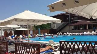 Мы на море / Отель Эмеральд в Витязево / LA(Летом 2016г мы отдыхали в п. Витязево в отеле Эмеральд. Хороший отель в Витязево,для отдыха с детьми) Отзыв:..., 2016-06-08T15:59:13.000Z)