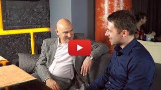 Каких женщин выбирают успешные мужчины? Интервью с Радиславом Гандапасом