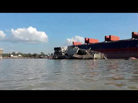Leaving the beached vessel at Chittagong scrap yard