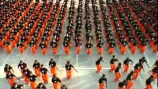 フィリピンの刑務所の囚人たち1500人が踊るマイケル・ジャクソン! 圧巻...