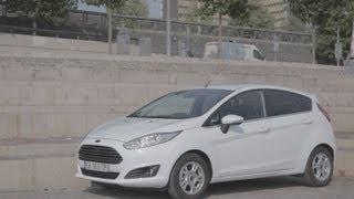 Essai Ford Fiesta 1.6 TDCi 95 Econetic Titanium 2013(La Fiesta, c'est la citadine de Ford, concurrente des Clio, 208 ou C3. Restylée fin 2012, elle compte dans sa gamme pas moins de 7 motorisations essence, ..., 2013-07-25T09:01:15.000Z)