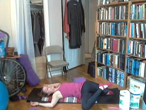 Yoga with Abigail Redman for Beginners:  Gentle Hip Opening (Full Length)