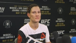 UFC 211: Cortney Casey Says Female Fighters Shouldn't Be 'Flaunting Their Sexuality' For Attention