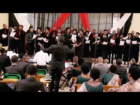 HANGA AMASO UMUKIZA (TURN YOUR EYES UPON JESUS) - Amazing Grace Academy