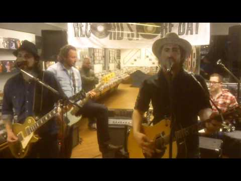 Black Bottle Riot, Bright Light City @ Kroese Nijmegen, Recordstoreday 2012