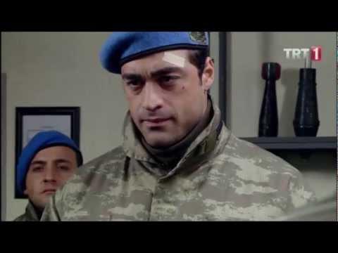 Sakarya Fırat - Poyraz, Yüzbaşı Altan Barut'a Tekmil Veriyor.