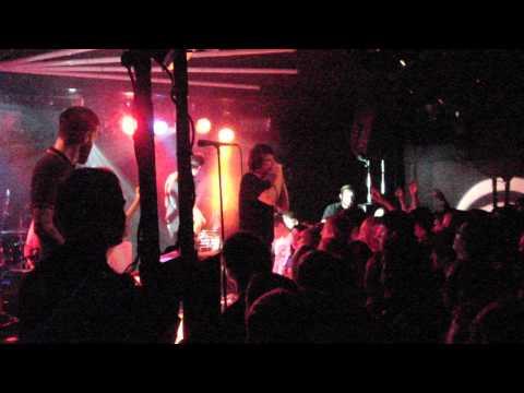 Silverstein - Discovering The Waterfront (Live Zurich HQ)