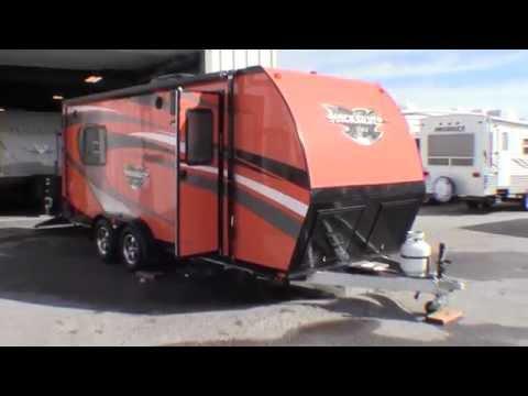 Vrv Xtr Toy Hauler Amp Living Quarters Trailer Doovi