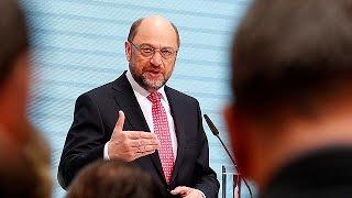 Alemanha: Sondagens indicam que Schulz poderá bater Markel na eleição de setembro