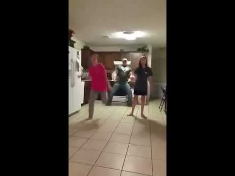 Father secretly video bombing his daughters dancing (ORIGINAL)Kaynak: YouTube · Süre: 1 dakika20 saniye