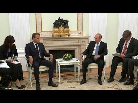 بوتين يستقبل ماكرون قبيل مباراة فرنسا وكرواتيا  - نشر قبل 5 ساعة