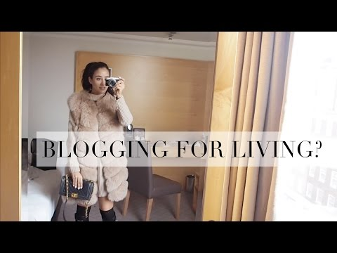 CHAT ABOUT BLOGGING AS A JOB | VLOGMAS | Tamara Kalinic