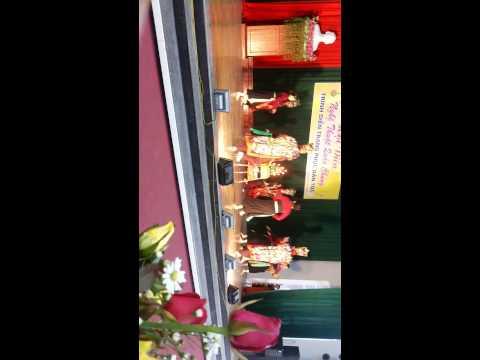 múa  khai đèn dân tộc cao lan  tháng 11/2014