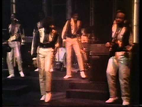 Kool and The Gang - Ooh La La (Let's Go Dancin') 1982