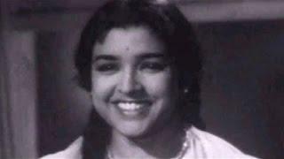 Shobha Khote's father rejects Manoj Kumar's marriage proposal | Picnic - Comedy Scene 2/15
