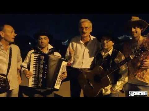 Manfredonia, serenata cosa d'altri tempi? No per gli sposi Mattia e Giuseppe