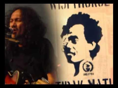 Peringatan, Puisi : Wiji Thukul, Musikalisasi : Egi Fedly
