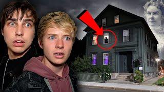 Overnight in Axe Murderer's House (Lizzie Borden Hauntings)